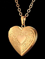 cheap -Women's Unisex Heart Pendant Necklace - Vintage Cute Party Work Casual Love Carved Fashion Flower Heart Gold Silver Necklace For