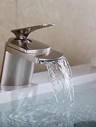 Недорогие -Смеситель для раковины в ванной комнате - Водопад, никелированная, центральная часть, одно отверстие, одна ручка, одно отверстие, смесители для ванны.