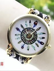Недорогие -Gogo женщин аналоговый кварцевый случайные часы (разных цветов)