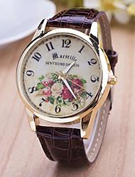 preiswerte -Damen Modeuhr Quartz Armbanduhren für den Alltag Leder Band Blume Weiß Blau Rot Braun Lila