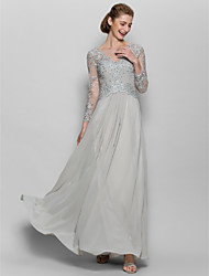 baratos -Linha A Scoop pescoço Longo Chiffon / Renda Vestido Para Mãe dos Noivos com Apliques de LAN TING BRIDE® / Brilho & Glitter