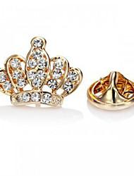 Недорогие -Женский Броши Мода Pоскошные ювелирные изделия европейский Стразы Искусственный бриллиант Сплав В форме короны Серебряный Золотой