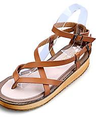 Недорогие -Для женщин Обувь Кожа Весна Лето Осень Удобная обувь Босоножки На плоской подошве Пряжки для Повседневные Для праздника Белый Черный