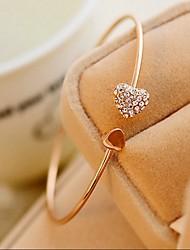 Недорогие -Жен. Браслет разомкнутое кольцо Сердце Симпатичные Стиль Мода Простой стиль бижутерия Стразы В форме сердца Бижутерия Назначение Свадьба