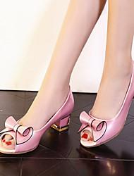 baratos -Mulheres / Para Meninas Sapatos Courino Primavera / Verão Salto Robusto / Salto de bloco Laço Branco / Rosa claro / Festas & Noite
