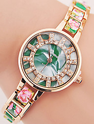 cheap -Women's Wrist Watch Hot Sale Alloy Band Charm / Fashion Black / White / Blue