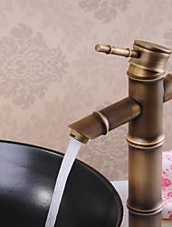 billiga -Badrum Tvättställ Kran - Utbredd Antik Brons Centerset Singel Handtag Ett hålBath Taps
