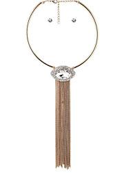 abordables -Mujer Diamante sintético Conjunto de joyas - Chapado en Oro, Diamante Sintético Personalizado, Lujo, Borla Incluir Pendients de aro / Collar / pendientes Blanco Para Fiesta / Diario / Casual