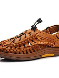 Недорогие -Муж. обувь Наппа Leather Весна Лето Удобная обувь Гладиаторы Сандалии для Повседневные на открытом воздухе Офис и карьера Темно-коричневый