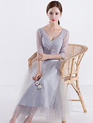 Ball Gown V-neck Knee Length Tulle Bridesmaid Dress with Pleats
