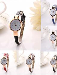 baratos -Mulheres Relógio de Moda / Couro Banda Casual Preta / Branco / Vermelho / Aço Inoxidável