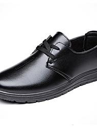 Недорогие -Муж. обувь Полиуретан Весна Осень Удобная обувь Туфли на шнуровке Для прогулок для Повседневные Офис и карьера на открытом воздухе Черный