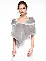 Women's Wrap Ponchos Faux Fur Wedding Party/Evening Lace