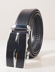 Men's wear resistant PVC black lizard embossed fashion leisure automatic buckle belt body is about 3.6 cm wide