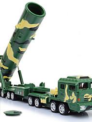 Недорогие -KDW Военная техника Ракетный грузовик Игрушечные грузовики и строительная техника Игрушечные машинки 1:64 пластик Металл Детские Игрушки