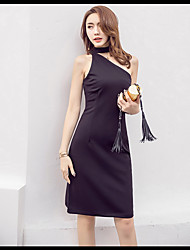 2017 new summer dress was thin straps oblique sexy little black cocktail dress annual meeting of Light