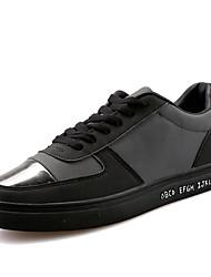preiswerte -Herren Sneaker Komfort PU Frühling Herbst Outddor Lässig Schnürsenkel Metall Zehen Flacher Absatz Weiß Schwarz Rot Flach