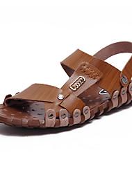 preiswerte -Herrn Schuhe PU Frühling Sommer Leuchtende Sohlen Komfort Sandalen für Normal Büro & Karriere Braun Khaki
