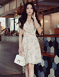 DABUWAWA Women's Going out Casual/Daily Holiday Vintage Boho Sophisticated Sheath Chiffon Swing DressFloral V Neck Above Knee Sleeveless Polyester