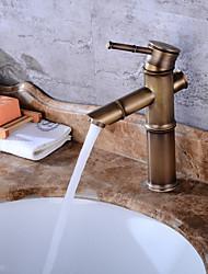 Недорогие -Современный Керамический клапан Одно отверстие Античная медь , Ванная раковина кран