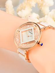 Mulheres Relógio de Moda Relógio de Pulso Único Criativo relógio Relógio Casual Relógios Femininos com Cristais Quartzo Lega Plastic Banda