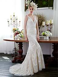 Mermaid / Trumpet V-neck Sweep / Brush Train Lace Wedding Dress with Appliques Buttons by LAN TING BRIDE®