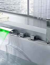 Moderne LED 3-Loch-Armatur Wasserfall with  Messingventil Drei Griffe Fünf Löcher for  Chrom , Badewannenarmaturen