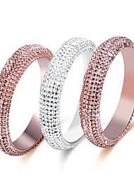 Dámské Široké prsteny Přizpůsobeno Luxus Klasické Základní Sexy láska Módní Cute Style Elegantní Slitina Circle Shape Šperky Vánoce Párty