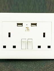 Sorties électriques PP Avec prise USB Charger 10*9*6