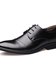 Недорогие -Муж. обувь Кожа Весна Осень Удобная обувь Формальная обувь Туфли на шнуровке Шнуровка для Повседневные Офис и карьера Черный Коричневый