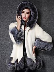 Cappotto di pelliccia Da donna Casual Semplice Inverno,Tinta unita Con cappuccio Altro Corto Maniche a ¾