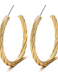 Lureme 40mm Twist Round C Shape Hoop Earrings-18K Gold