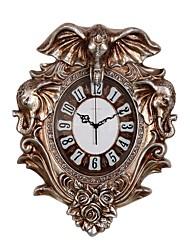 Moderne/Contemporain Traditionnel Rustique Décontracté Rétro Animaux Horloge murale,Eléphant Animal Résine Intérieur Horloge