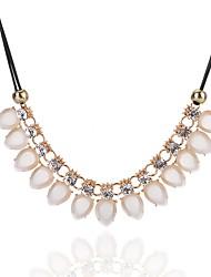 Недорогие -Жен. Свисающие Классика Мода Простой стиль Elegant Заявление ожерелья Кристалл Синтетический алмаз Хрусталь Сплав Заявление ожерелья ,