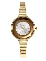 abordables -Mujer Cuarzo Reloj Pulsera Chino Gran venta Aleación Banda Encanto Reloj creativo único Moda Plata Dorado