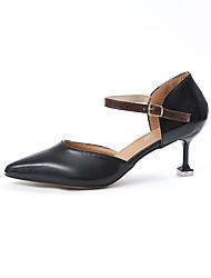 preiswerte -Damen Schuhe PU Frühling Sommer Komfort Pumps High Heels Stöckelabsatz Spitze Zehe Schnalle Für Kleid Schwarz Beige Dunkelbraun