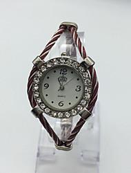 Femme Montre Tendance Montre Bracelet Montre Décontractée Quartz Métallique Bande Etincelant Bracelet Pour tous les jours Rouge