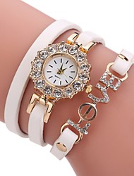 abordables -Femme Montre Diamant Simulation Bracelet de Montre Montre Tendance Chinois Quartz Imitation de diamant Polyuréthane Bande Décontracté A