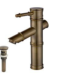 Недорогие -Классика Настольная установка Регуляция температуры Керамический клапан Одно отверстие Начищенная бронза , Ванная раковина кран
