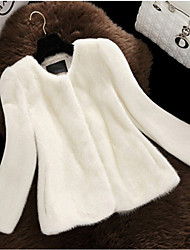 Women's Party Casual/Daily Simple Chinoiserie Fall Winter Fur Coat,Solid Round Neck ¾ Sleeve Short Faux Fur Fur Trim