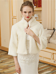 cheap -Faux Fur Wedding Party / Evening Women's Wrap With Buttons Fur Shrugs