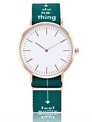 Недорогие -Жен. Для пары Спортивные часы Модные часы Повседневные часы Китайский Кварцевый / Нейлон Группа Черный Белый Зеленый Розовый Темно-синий