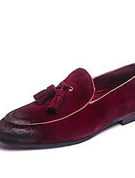 baratos -Homens Sapatos formais Couro Primavera / Verão / Outono Formais Mocassins e Slip-Ons Cinzento / Amarelo / Vermelho / Mocassim / Festas & Noite / Sapatas de novidade