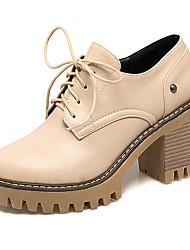 baratos -Mulheres Sapatos Courino Primavera Outono Curta/Ankle Conforto Oxfords Salto Robusto Ponta Redonda Botas Curtas / Ankle para Escritório e