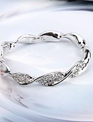 abordables -Mujer Brazaletes Cristal Simple Europeo Moda Legierung Twist Circle Joyas Fiesta