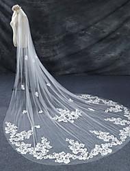 cheap -One-tier Lace Applique Edge Bridal Wedding Wedding Veil Chapel Veils Cathedral Veils 53 Laces Lace Tulle