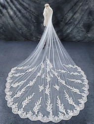cheap -One-tier Lace Applique Edge Bridal Wedding Wedding Veil Chapel Veils Cathedral Veils 53 Lace Lace Tulle