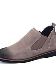 Недорогие -Муж. обувь Кожа Нубук Весна Осень Удобная обувь Ботинки Ботинки для Повседневные Офис и карьера Черный Темно-серый Хаки