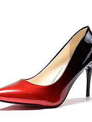 Недорогие -Жен. Полиуретан Весна / Осень Удобная обувь Обувь на каблуках Высокий каблук Заостренный носок Серый / Красный / Контрастных цветов