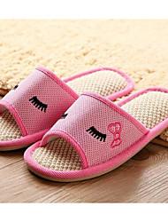 baratos -Unisexo Sapatos Linho Primavera Outono Conforto Chinelos e flip-flops Salto Baixo para Cinzento Roxo Café Rosa claro Azul Claro
